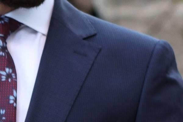En Şık Takım Elbise Seçimi Yaparken Nelere Dikkat Edilmelidir?
